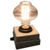چراغ رومیزی بتنی دست سایز بدون لامپ مدل مطبق 1213