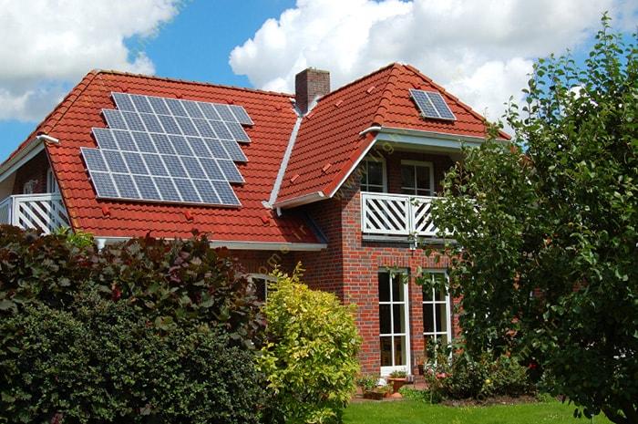 سیستم برق خورشیدی خانگی